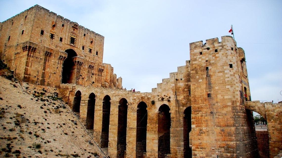 10 lâu đài hoành tráng nhất thế giới-1