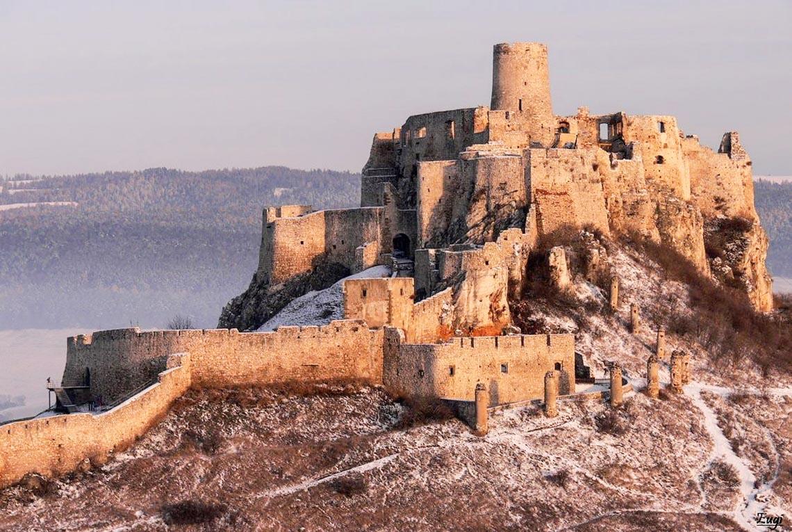 10 lâu đài hoành tráng nhất thế giới-18