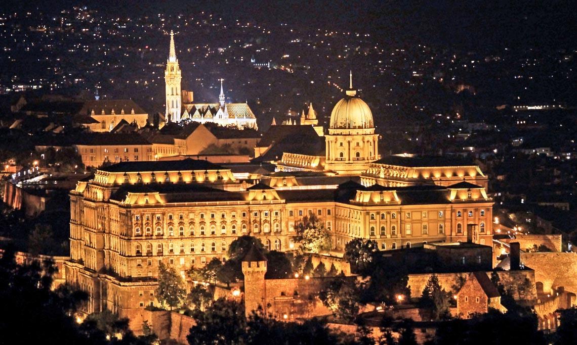 10 lâu đài hoành tráng nhất thế giới-4