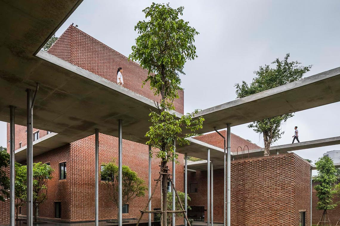 Công trình kiến trúc nhiều cây xanh của Việt Nam thắng lớn ở Dezeen Awards -11