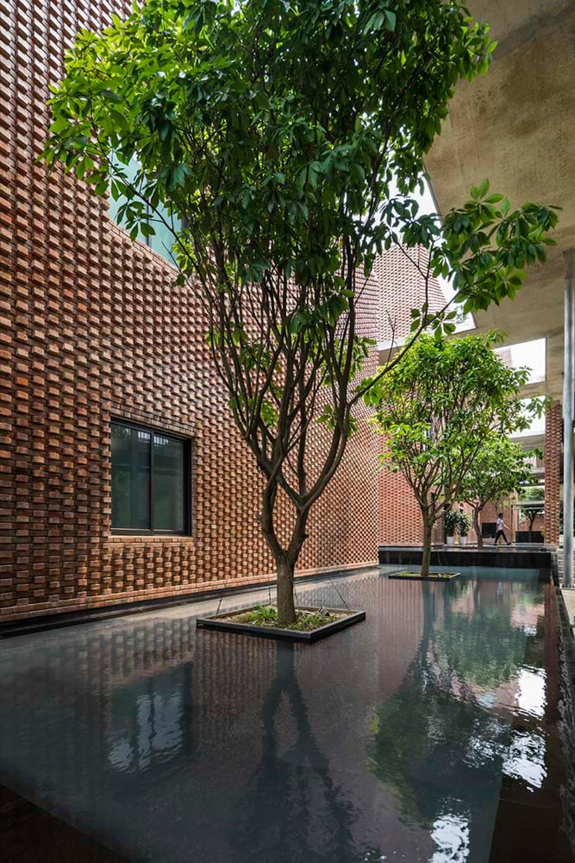 Công trình kiến trúc nhiều cây xanh của Việt Nam thắng lớn ở Dezeen Awards -15