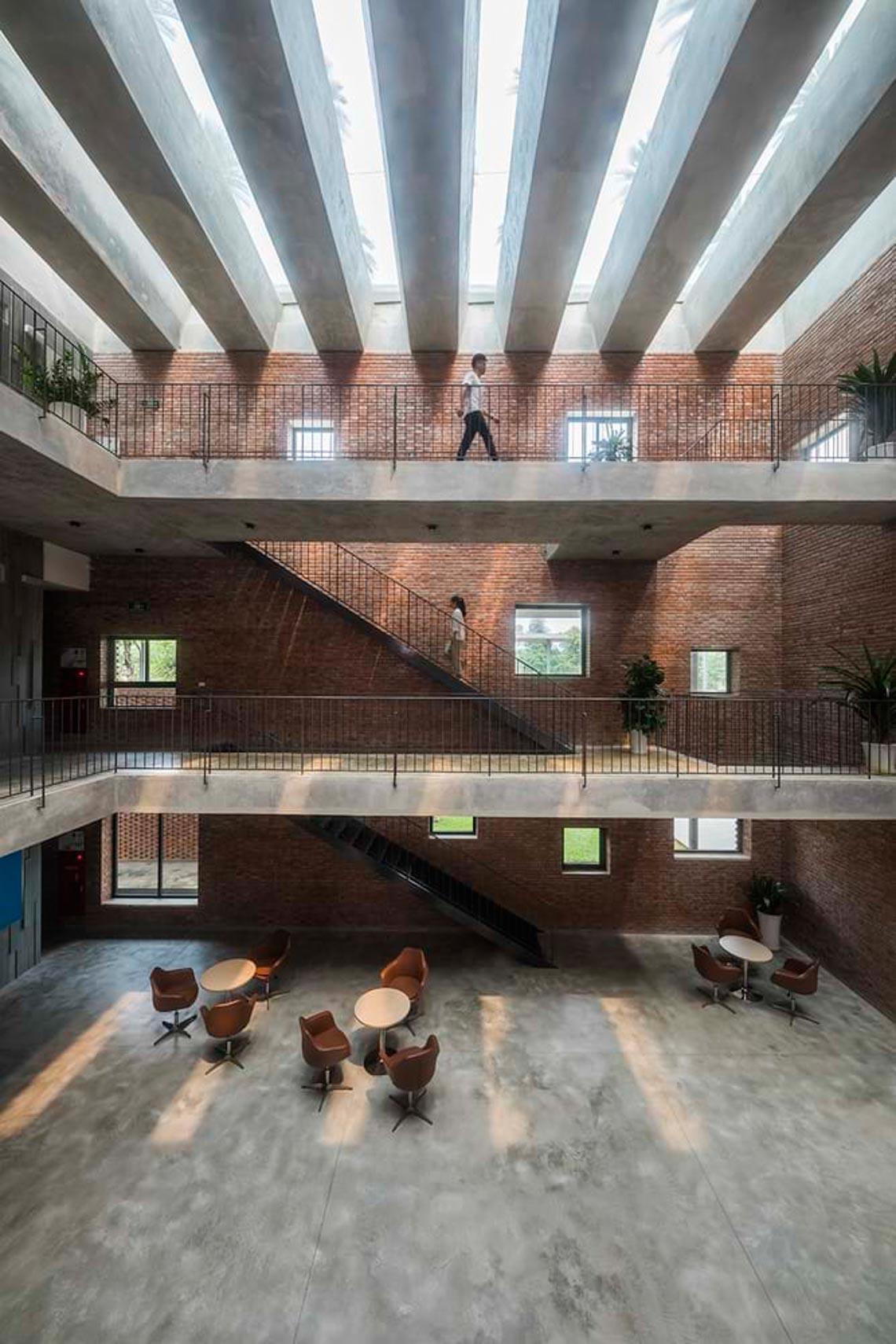 Công trình kiến trúc nhiều cây xanh của Việt Nam thắng lớn ở Dezeen Awards -16