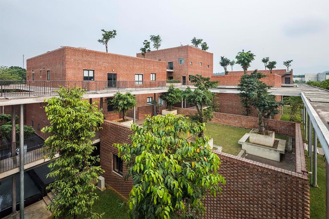 Công trình kiến trúc nhiều cây xanh của Việt Nam thắng lớn ở Dezeen Awards -18