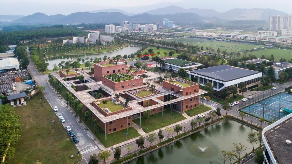 Công trình kiến trúc nhiều cây xanh của Việt Nam thắng lớn ở Dezeen Awards -5
