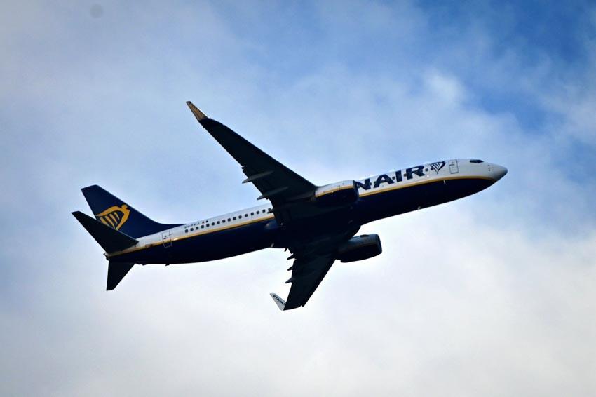 Hãng hàng không Ryanair phát hiện vết nứt trên một số máy bay Boeing 737NG-2