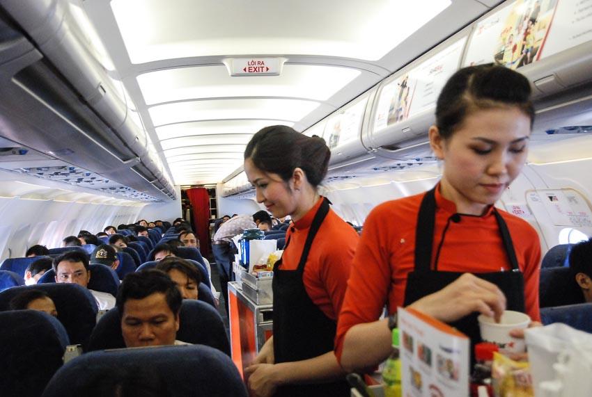 Hàng không đua nhau tung vé rẻ trước và sau Tết Canh Tý-3