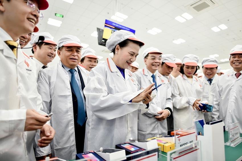 Khánh thành tổ hợp nhà máy sản xuất thiết bị điện tử thông minh Vinsmart giai đoạn 1 -5