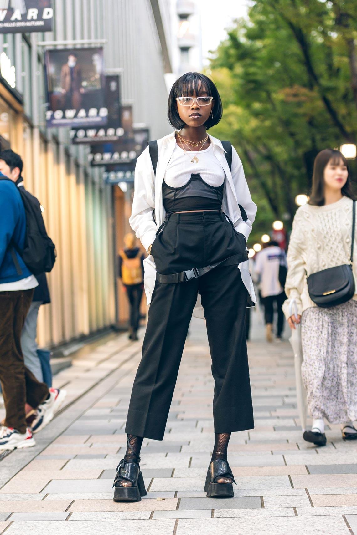 Phong cách Tuần lễ thời trang Tokyo: trang phục cho ngày tận thế-9