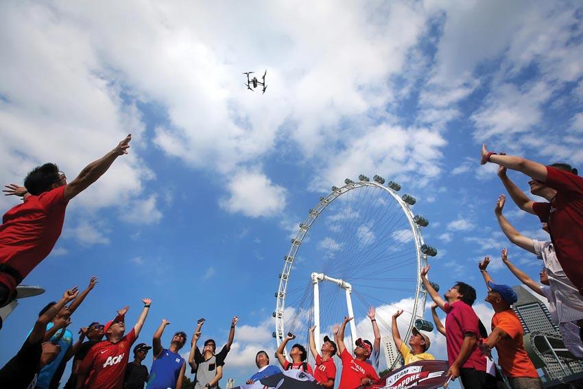 Singapore siết chặt quy định về thiết bị bay không người lái -3