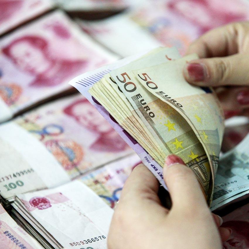 Trung Quốc lần đầu tiên sau 15 năm phát hành trái phiếu bằng đồng euro-2