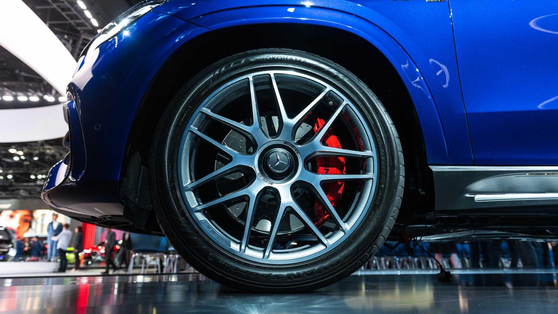 Mercedes-AMG GLS 63 2020 - SUV hiệu suất cao trình làng - 5