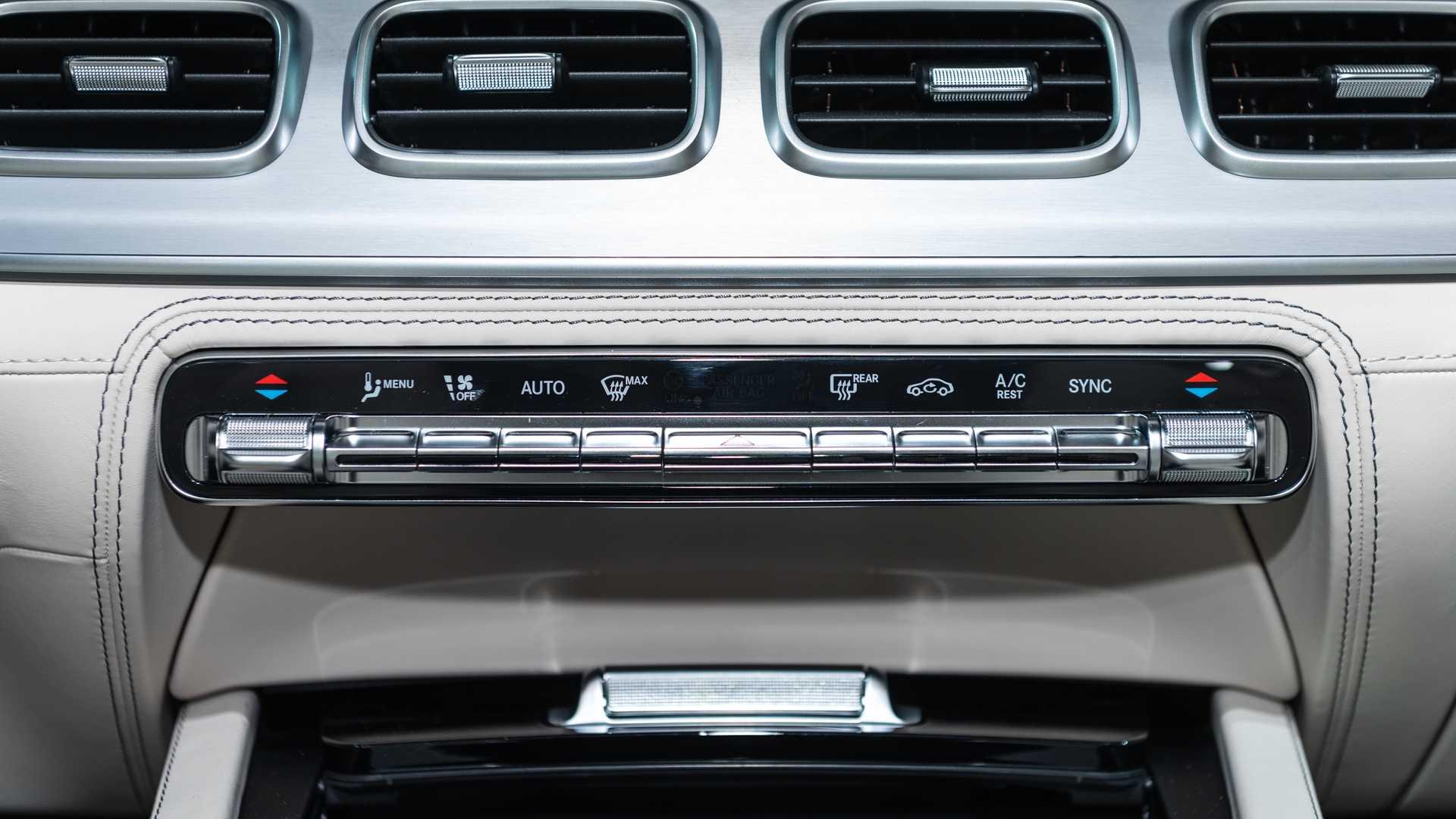 Mercedes-AMG GLS 63 2020 - SUV hiệu suất cao trình làng - 33