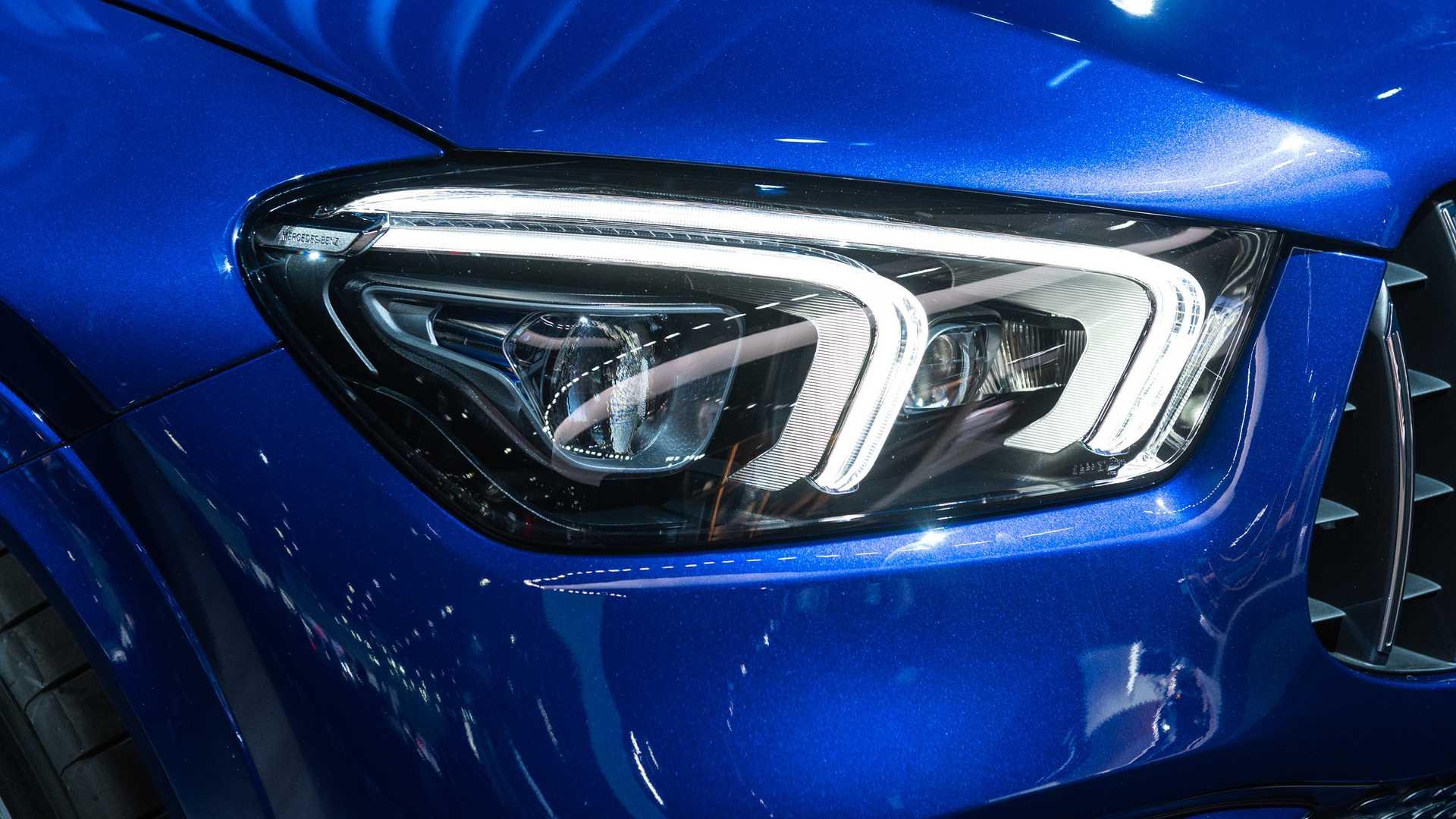 Mercedes-AMG GLS 63 2020 - SUV hiệu suất cao trình làng - 32