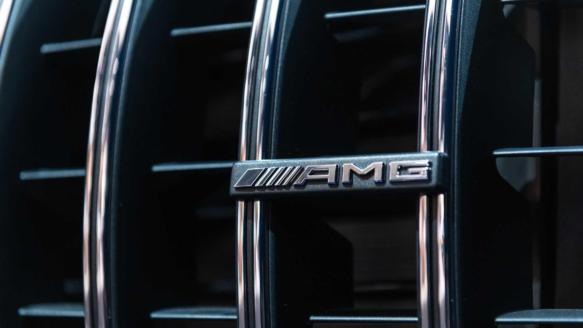 Mercedes-AMG GLS 63 2020 - SUV hiệu suất cao trình làng - 26
