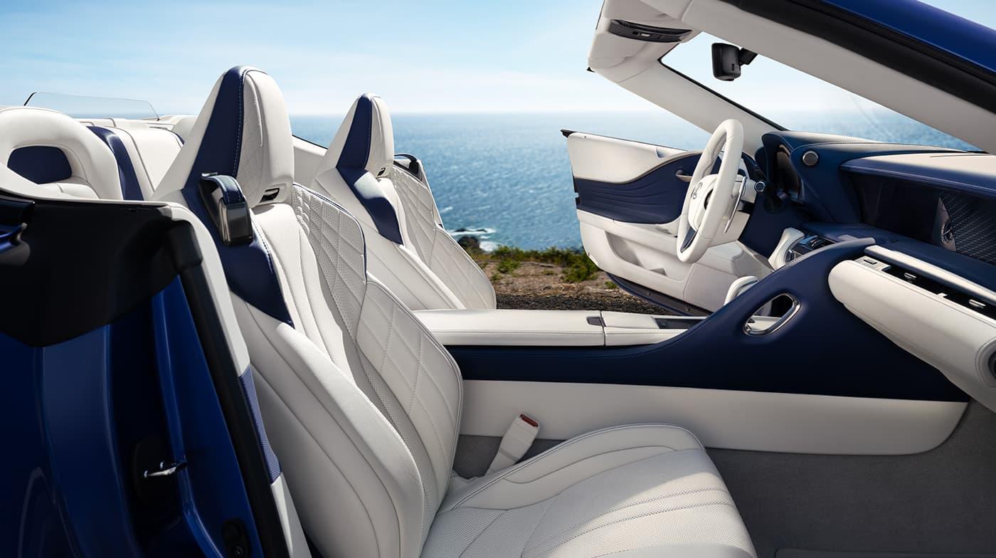 Lexus LC500 mui trần ra mắt tại Triển lãm Ôtô Los Angeles - 1