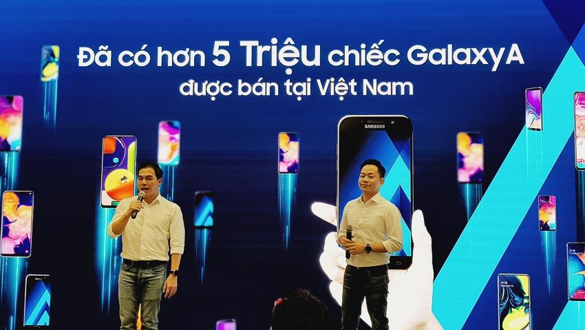 Samsung ra mắt Galaxy A51 đầu tiên trên thế giới, Camera Macro chụp cận cảnh - 25
