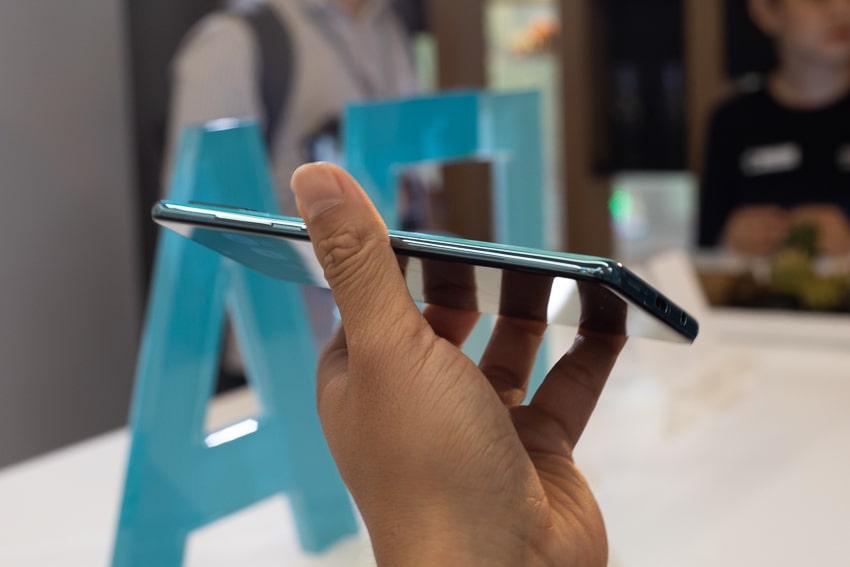 Samsung ra mắt Galaxy A51 đầu tiên trên thế giới, Camera Macro chụp cận cảnh -8