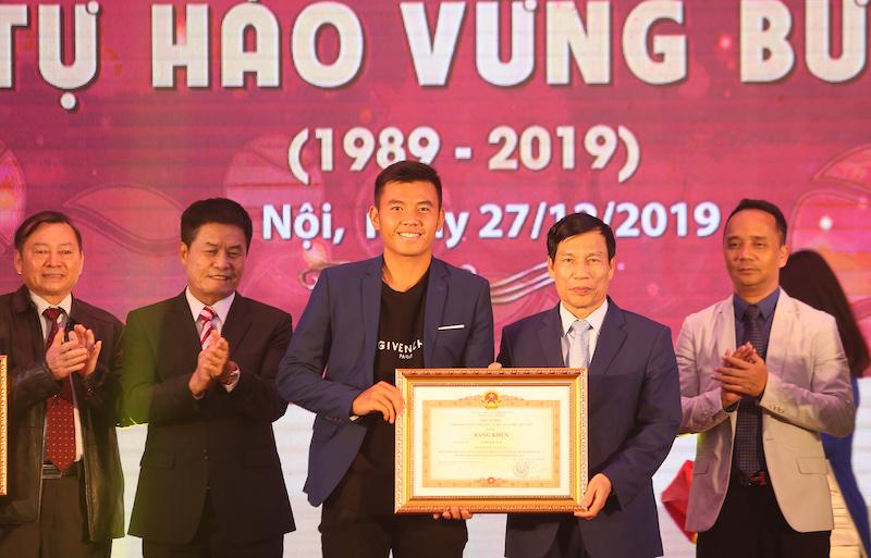 Vietravel Airlines tài trợ cho Liên đoàn Quần vợt Việt Nam - 4