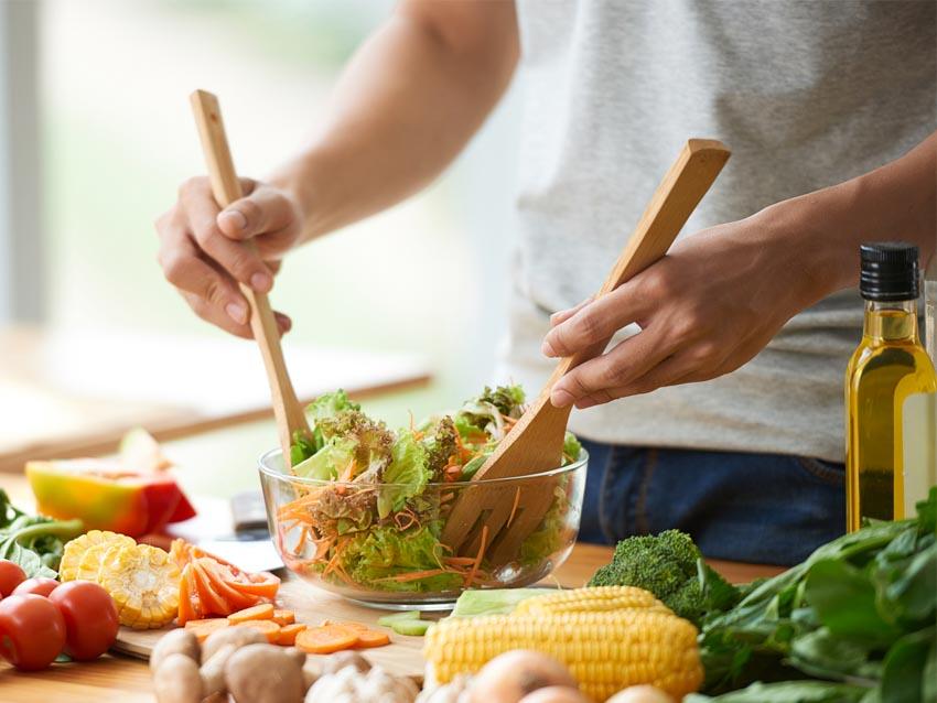 Top 10 khoáng chất và vitamin cần thiết cho nam giới - 1
