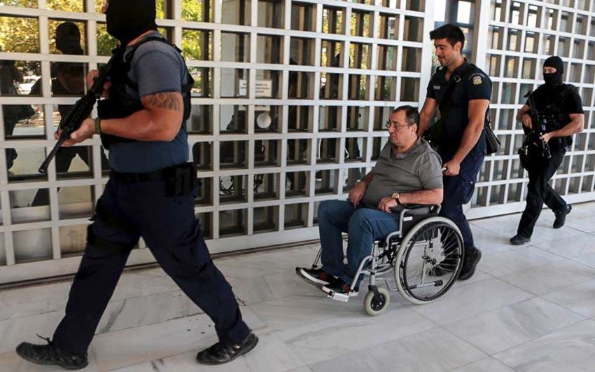 """Hồ sơ Interpol: Băng đảng """"cướp bằng luật pháp"""" từ Đông Âu tràn sang Tây Âu-3"""