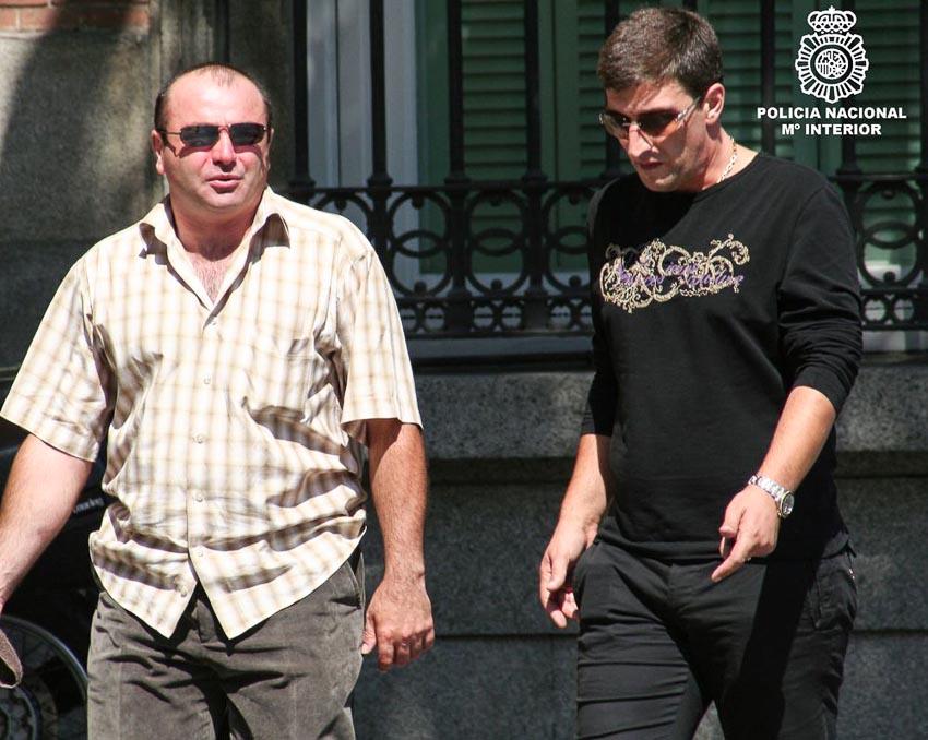 """Hồ sơ Interpol: Băng đảng """"cướp bằng luật pháp"""" từ Đông Âu tràn sang Tây Âu-6"""