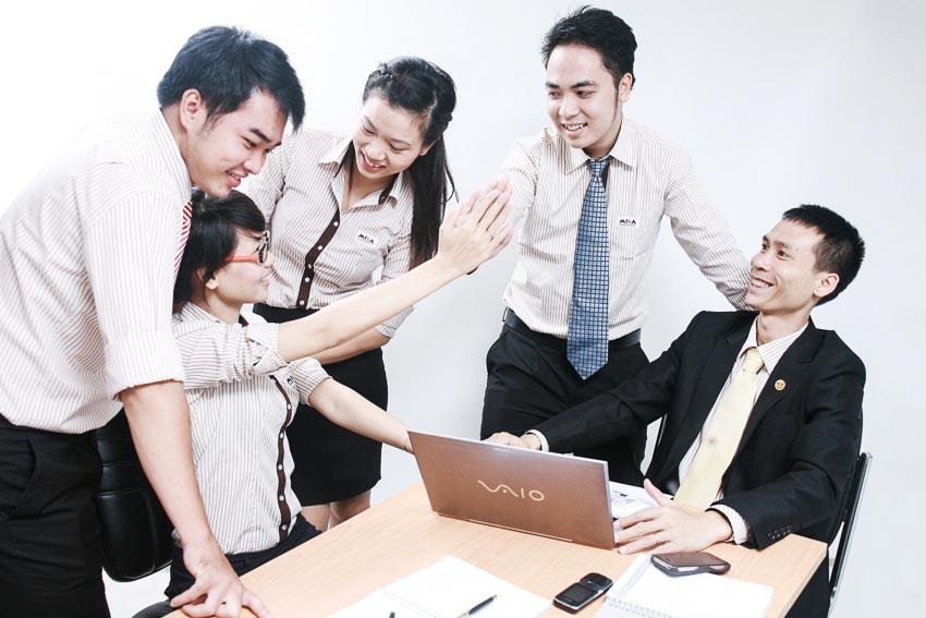CEO nên làm gì để củng cố quan hệ với hội đồng quản trị-4