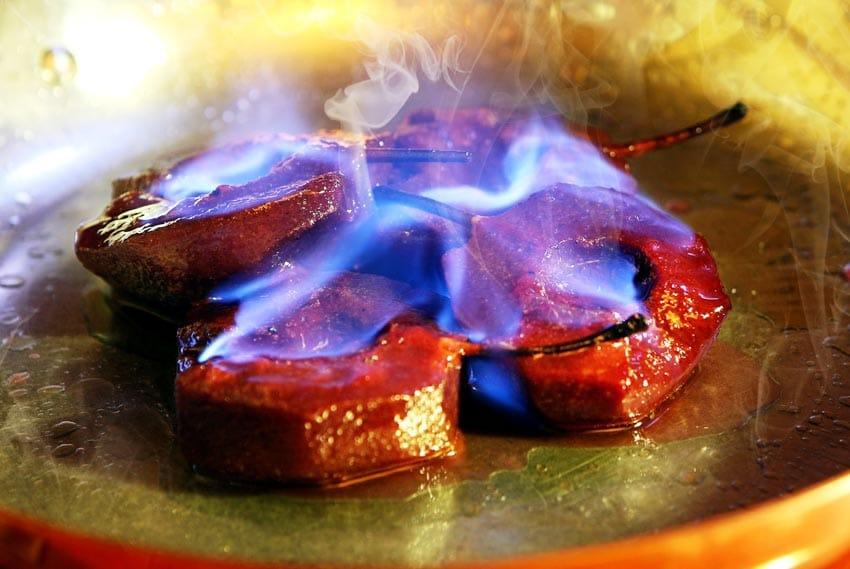 Đốt rượu - Tạo hứng khởi bằng lửa -2