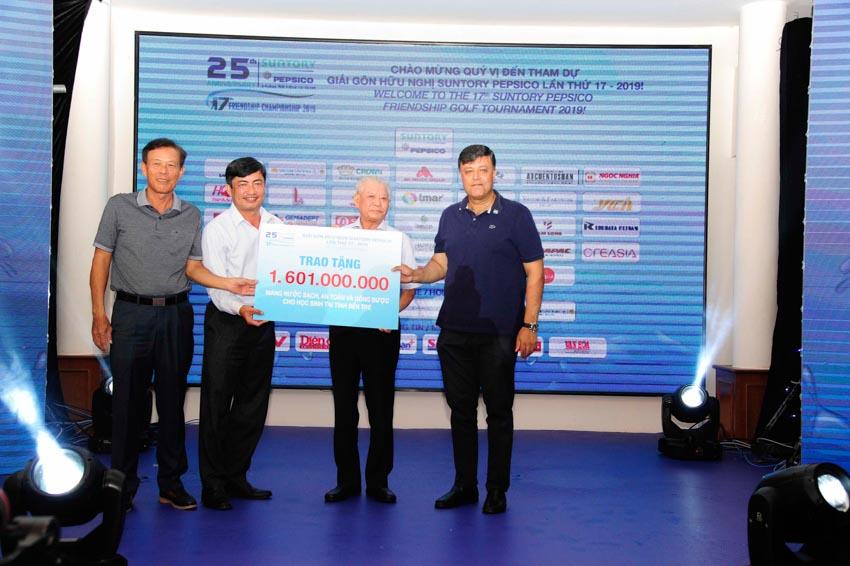 Giải Gôn Hữu Nghị Suntory PepsiCo 2019 gây quỹ được hơn 1,6 tỉ đồng xây dựng chương trình nước sạch tại Bến Tre -2