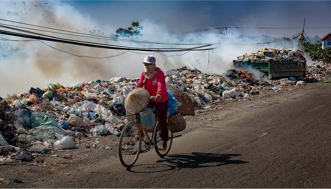 Giật mình khi xem bộ ảnh 'Bắt nét không khí, phơi màu ô nhiễm' - 2