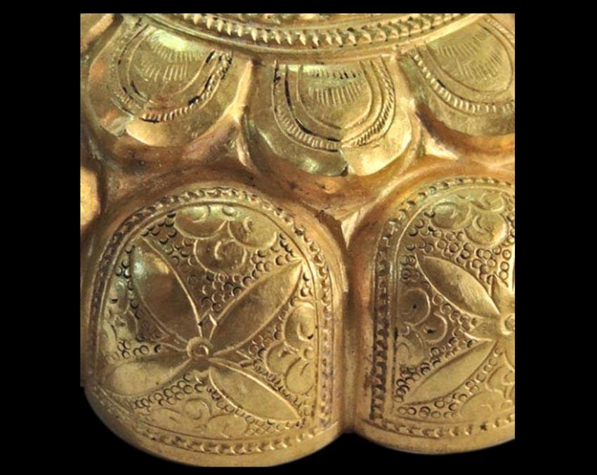 Hộp vàng Ngọa Vân, báu vật quốc gia-6