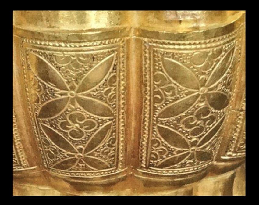 Hộp vàng Ngọa Vân, báu vật quốc gia-8