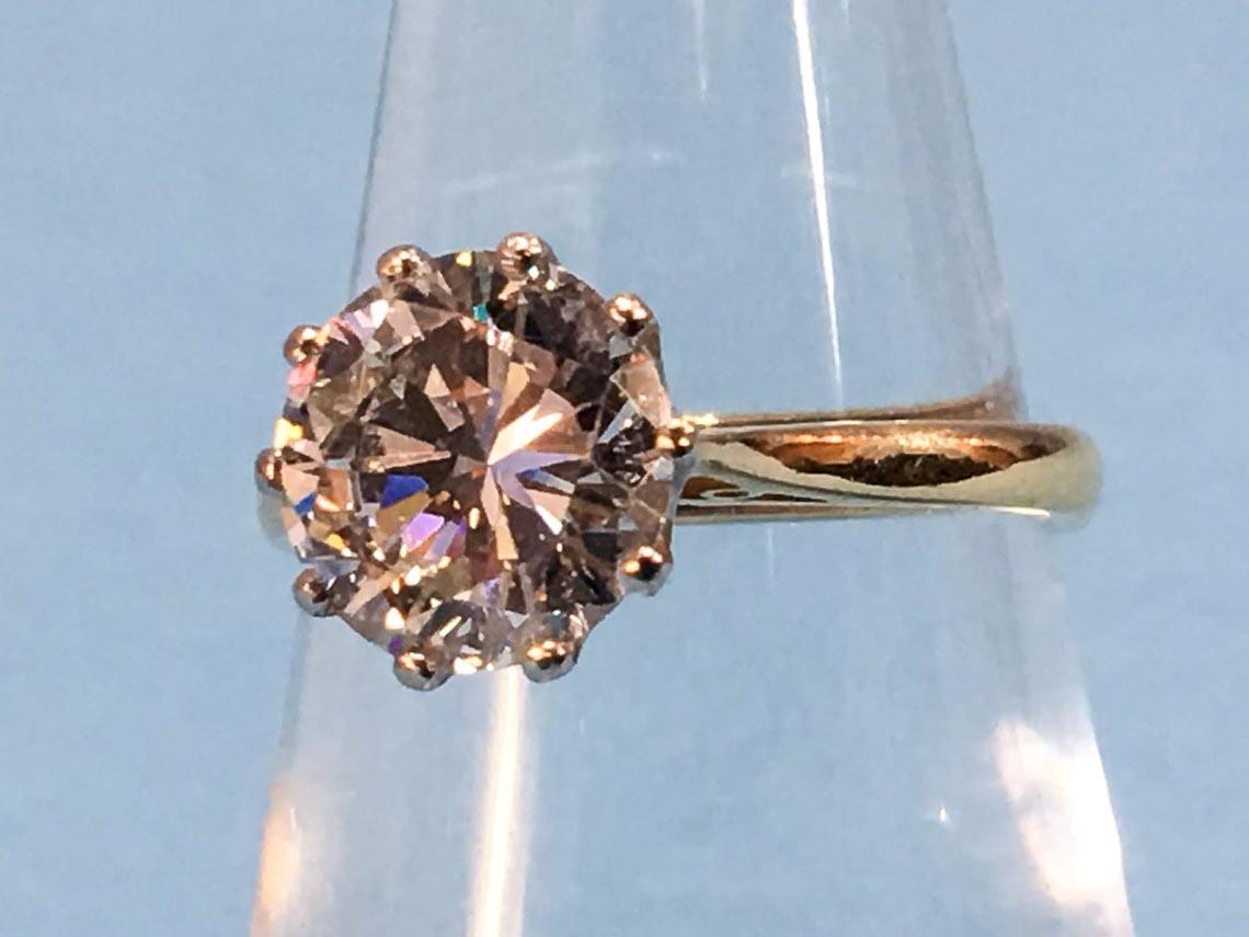 Kim cương tuyệt tác từ bàn tay con người-7