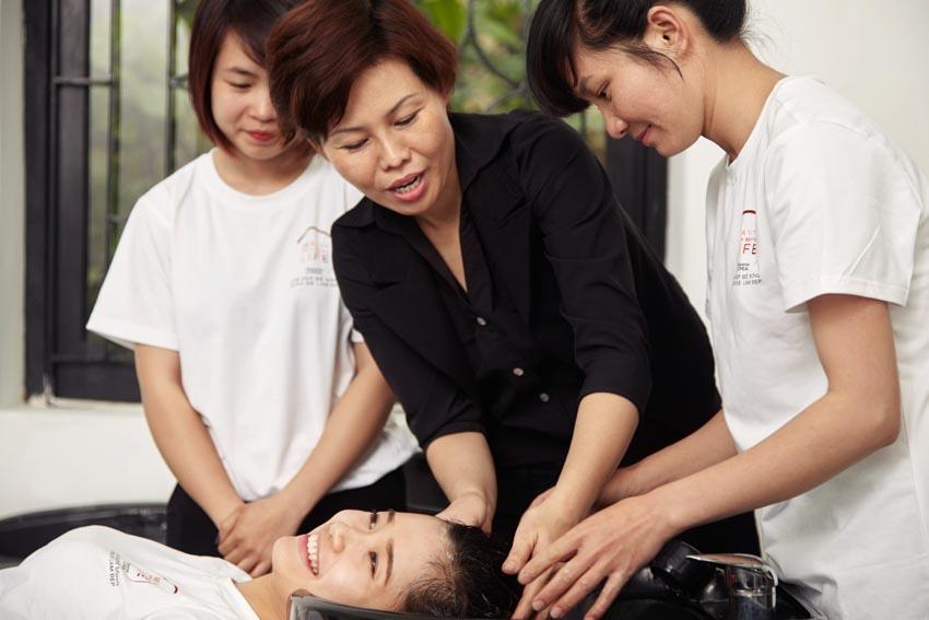 """L'Oréal kỷ niệm 10 năm thành lập chương trình """"Làm đẹp để sống, Sống để làm đẹp""""-3"""