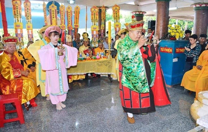 Linh Sơn Thánh Mẫu ở Tây Ninh - 6