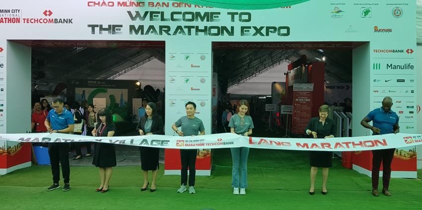 Làng Marathon Techcombank 2019