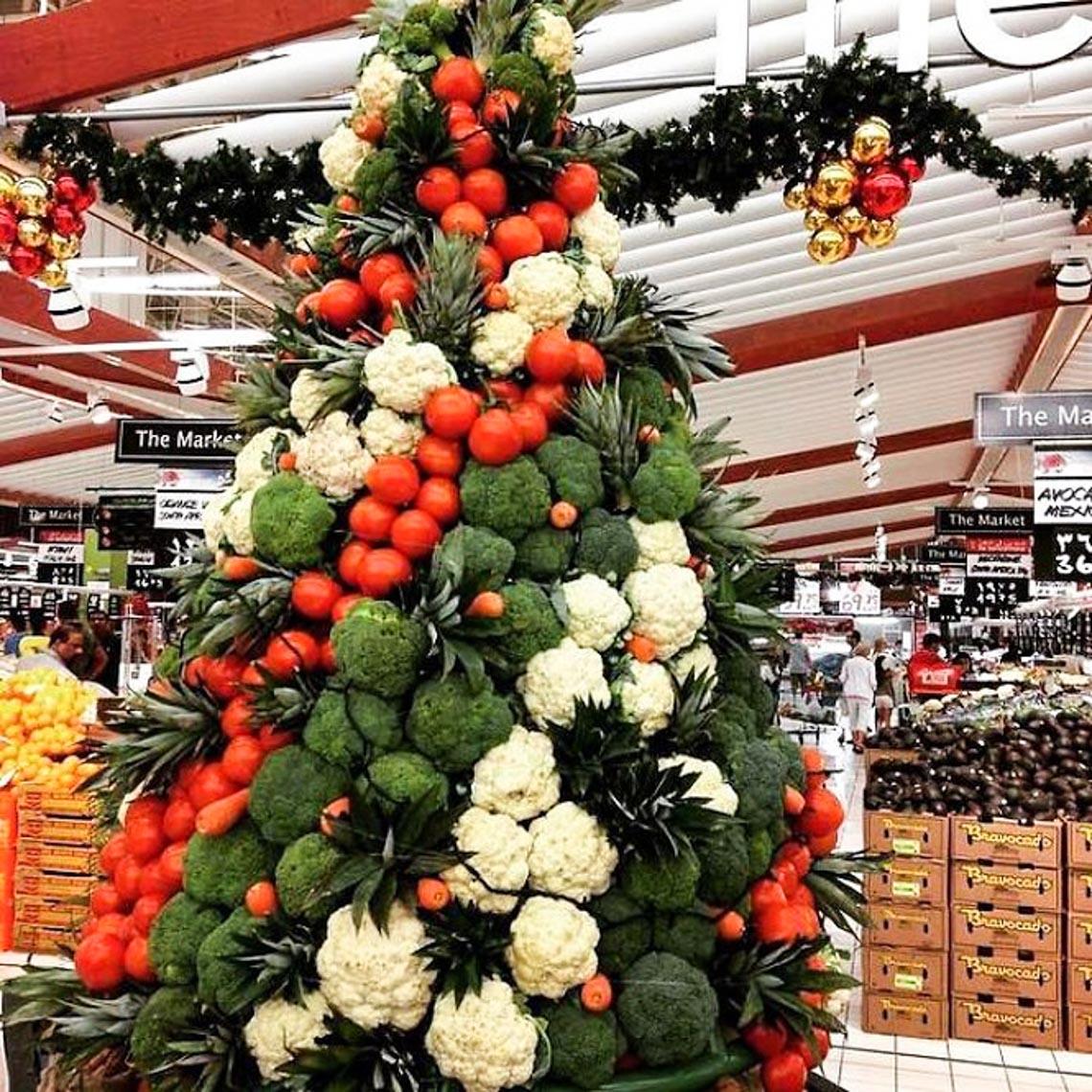 Thích mê những cây thông Noel 'có một không hai' của dân mạng-8