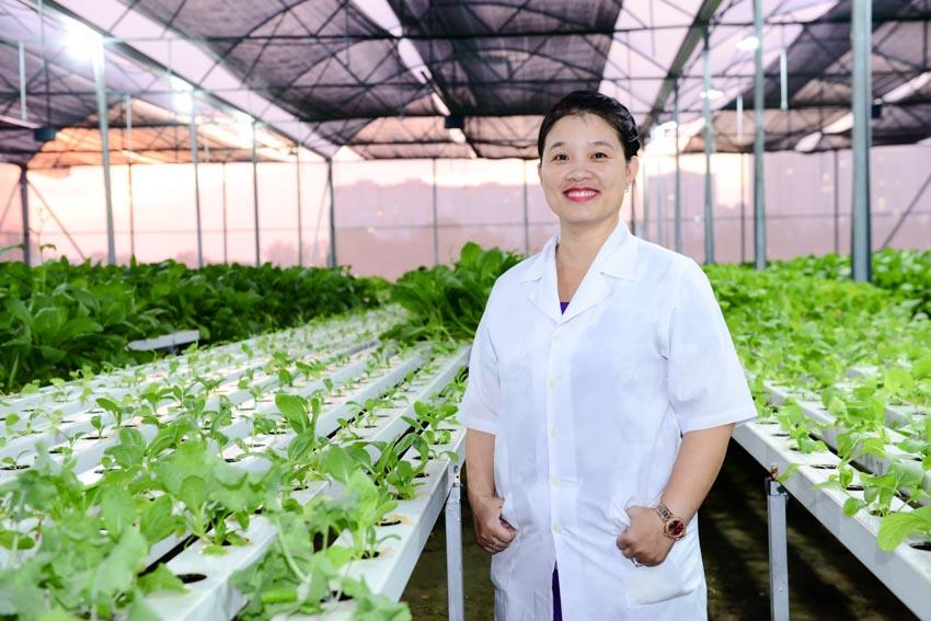 """Trao giải thưởng """"L'Oréal – UNESCO Vì sự phát triển phụ nữ trong khoa học"""" cho 3 Nhà khoa học nữ Việt Nam -2"""