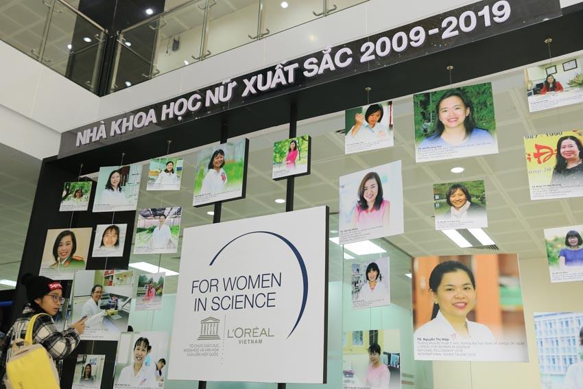 """Trao giải thưởng """"L'Oréal – UNESCO Vì sự phát triển phụ nữ trong khoa học"""" cho 3 Nhà khoa học nữ Việt Nam -4"""