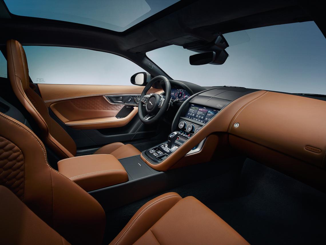 Jaguar F-Type 2021 chính thức ra mắt - 16