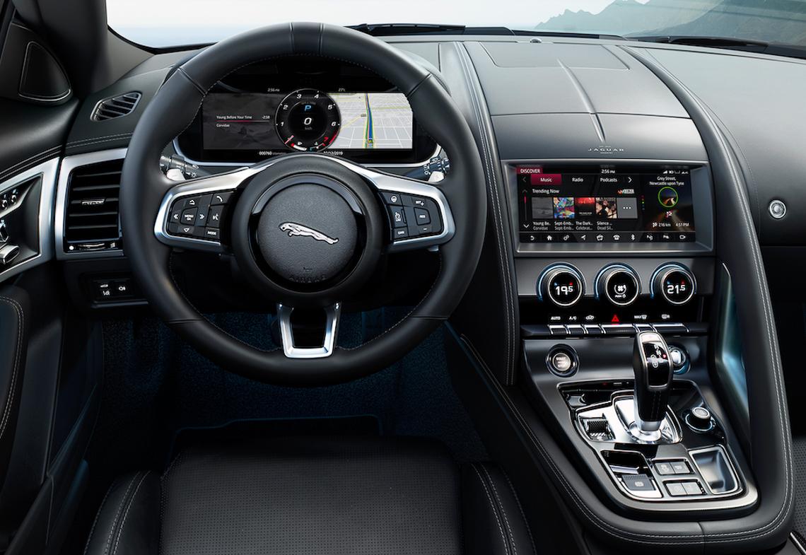 Jaguar F-Type 2021 chính thức ra mắt - 2