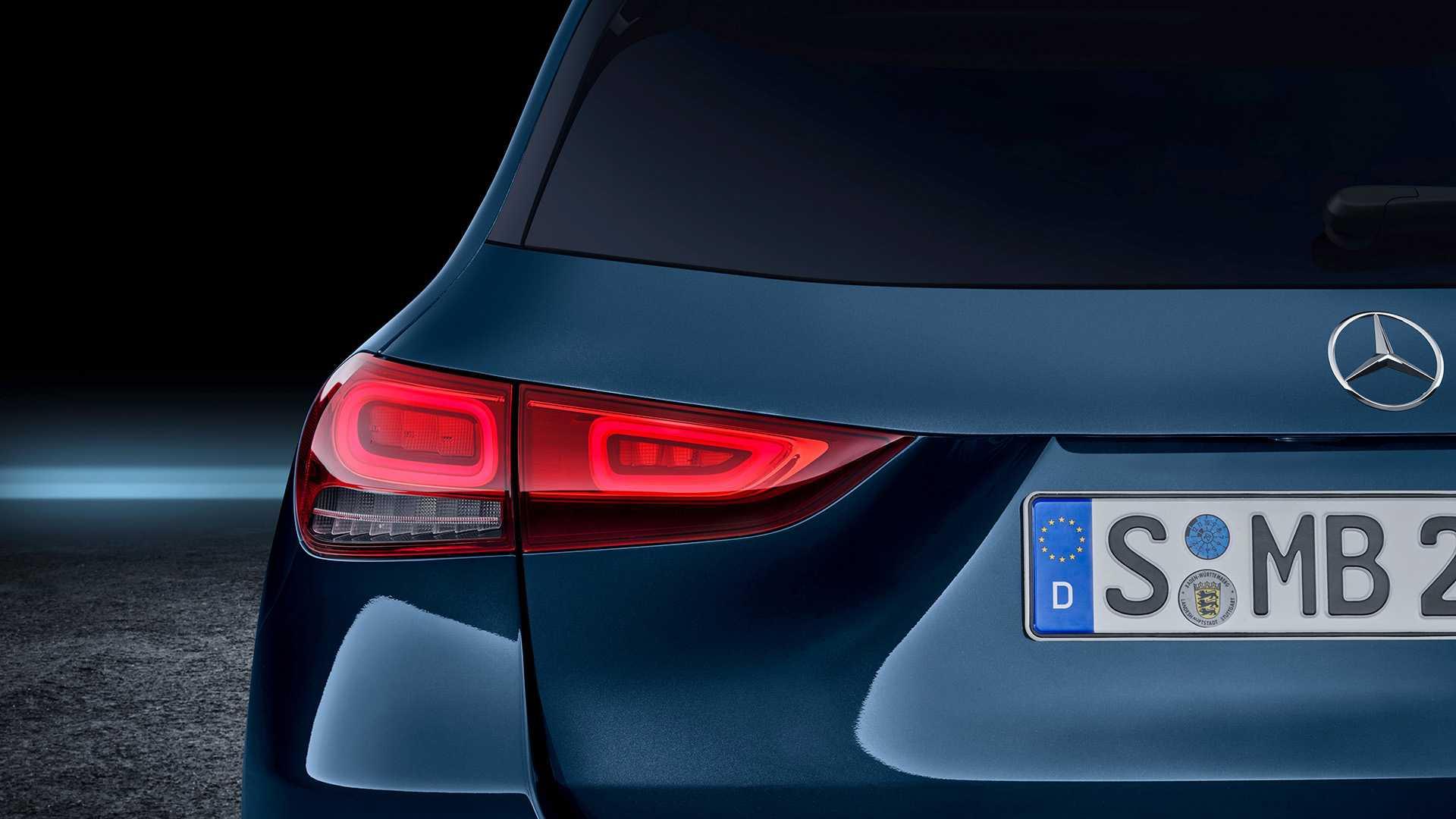 Ra mắt Mercedes-Benz GLA 2021 thế hệ mới, nhiều cải tiến đáng chú ý - 08