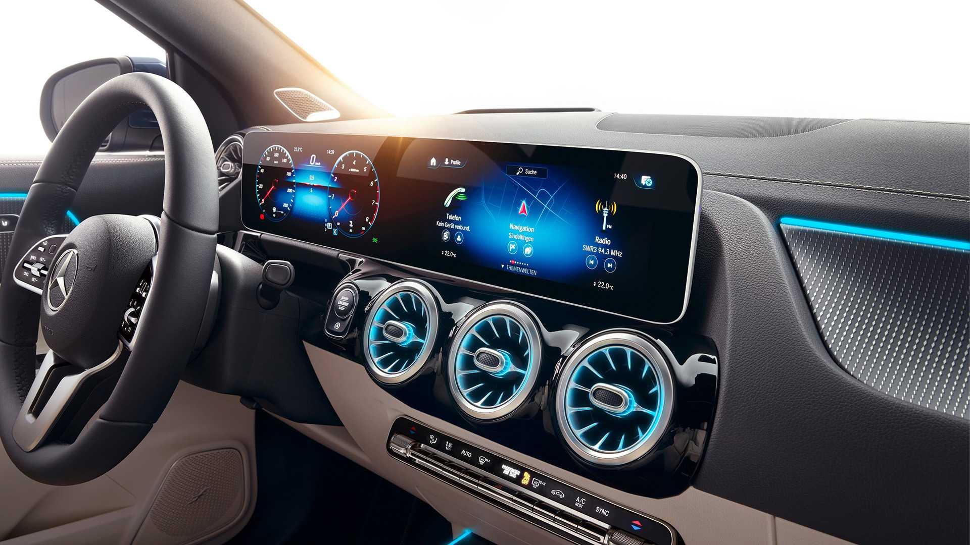 Ra mắt Mercedes-Benz GLA 2021 thế hệ mới, nhiều cải tiến đáng chú ý - 13