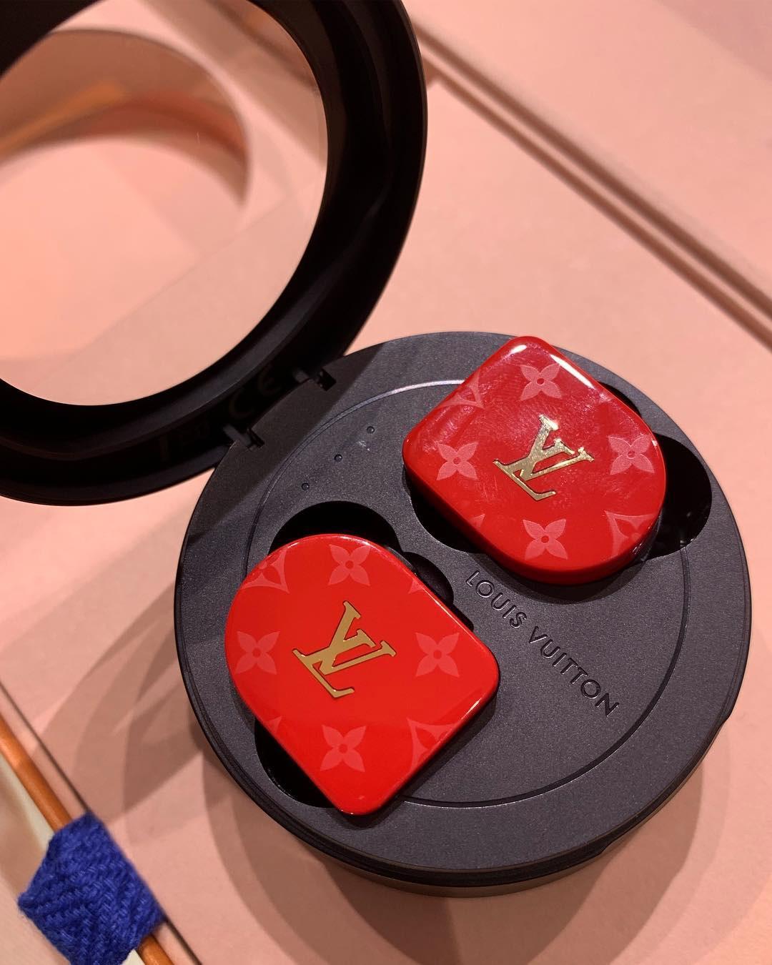 Louis Vuitton ra mắt Horizon Earphones mẫu tai nghe không dây - 4