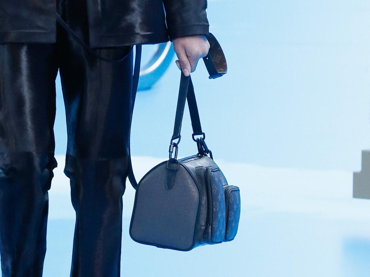 Những thiết kế túi của Abloh đưa Louis Vuitton vào xứ sở thần tiên - 11