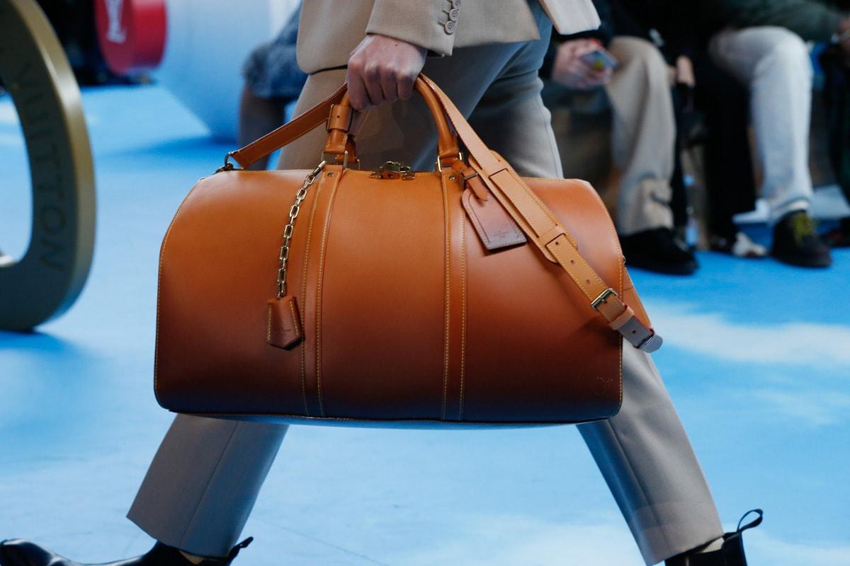 Những thiết kế túi của Abloh đưa Louis Vuitton vào xứ sở thần tiên- 12