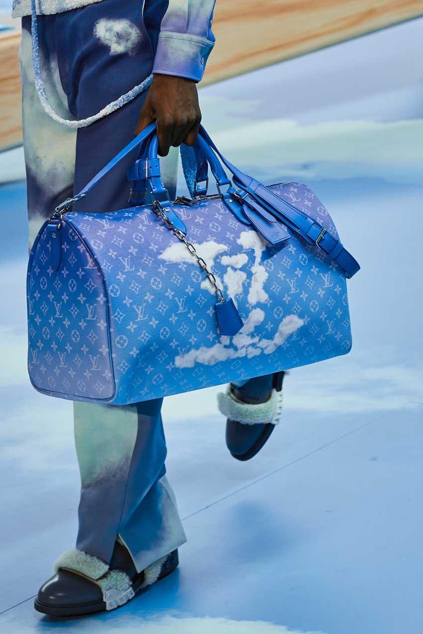 Những thiết kế túi của Abloh đưa Louis Vuitton vào xứ sở thần tiên - 22