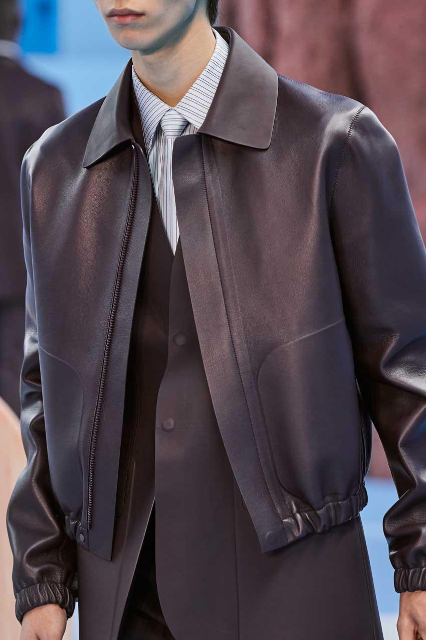 Những thiết kế túi của Abloh đưa Louis Vuitton vào xứ sở thần tiên - 27