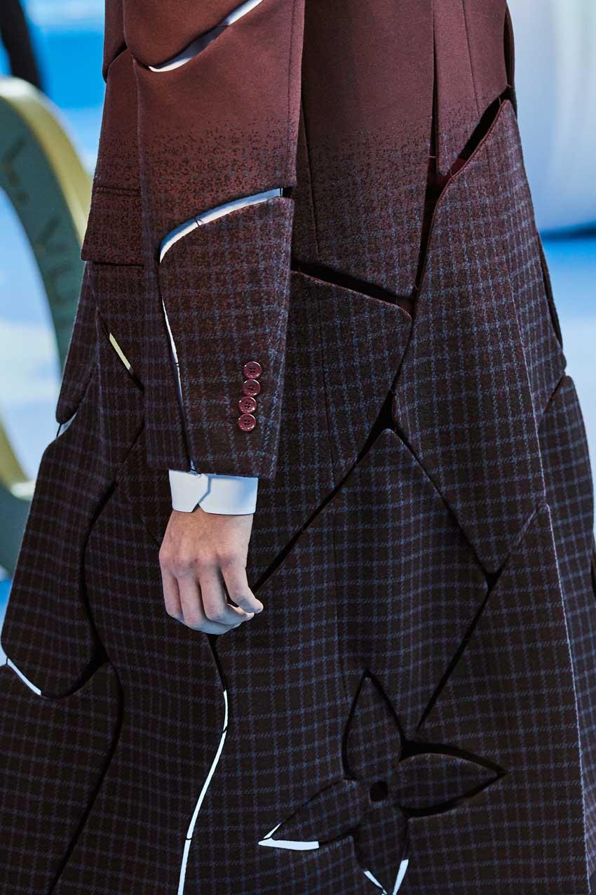 Những thiết kế túi của Abloh đưa Louis Vuitton vào xứ sở thần tiên - 28