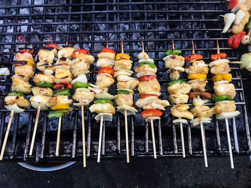 Tiệc buffet đặc biệt với 40 món làm từ... cá tra - 1