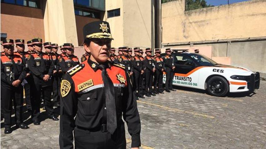 Những nữ sĩ quan cảnh sát nghiêm minh với luật pháp -6